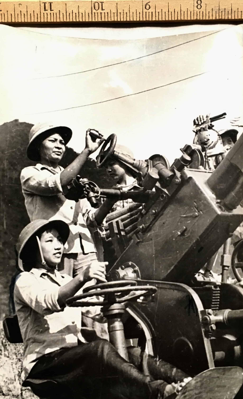 Photograph of North Vietnamese Army Female 57mm Anti-Aircraft Gun Crew